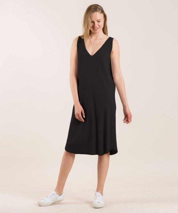 שמלה אוורירית